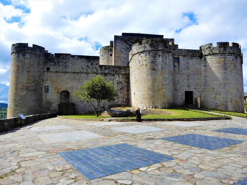 die Burg von La Puebla de Sanabria