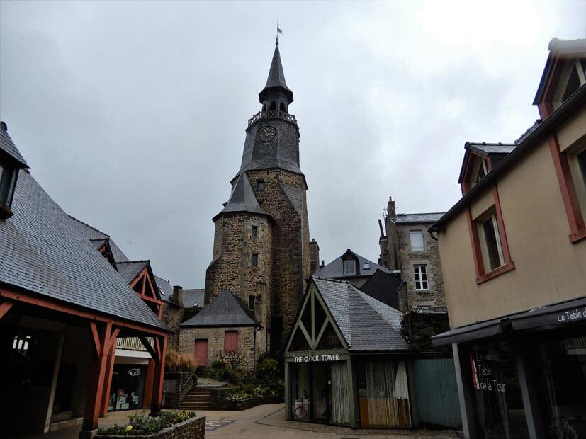 Glockenturm in Dinan