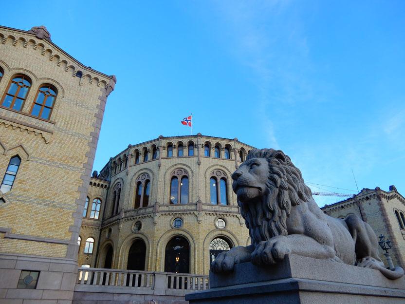 Oslo Sehenswürdigkeiten - Stortinget Parlament