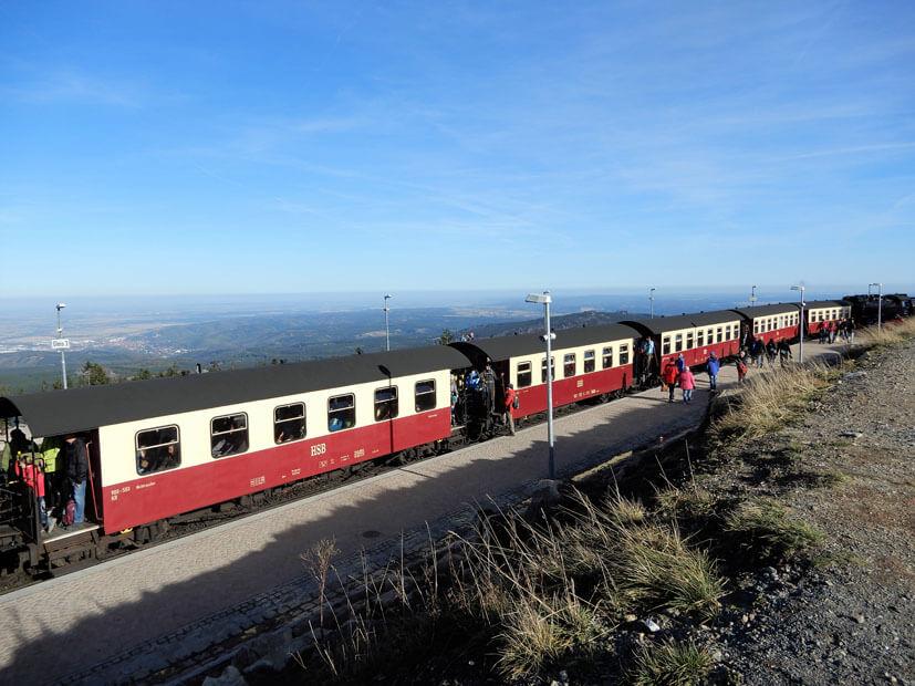 überfüllte Brockenbahn