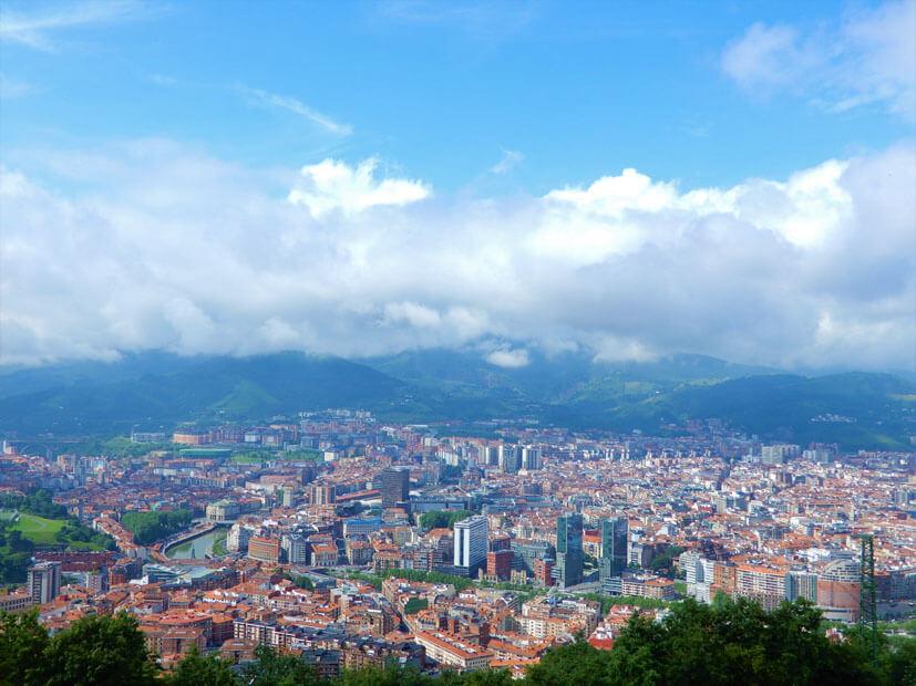 Blick über Bilbao Sejenswürdigkeiten
