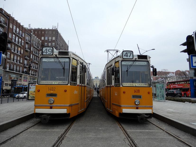 Tram fahren in Budapest