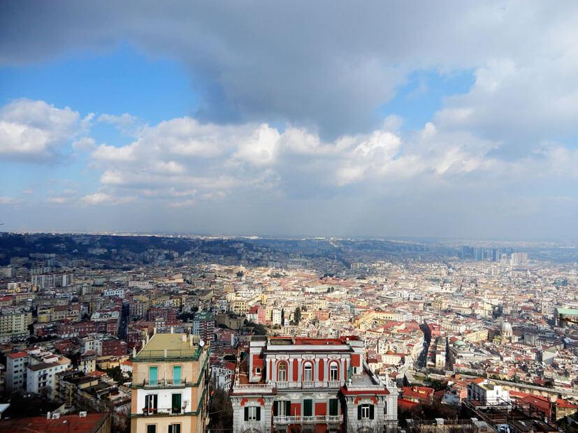 Ausblick über Neapel