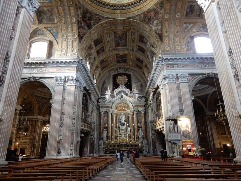 Chiesa del Gesù Nuovo - Neapel Sehenswürdigkeiten