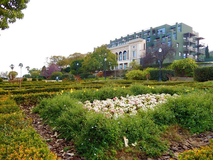 Garten vor dem Miramar