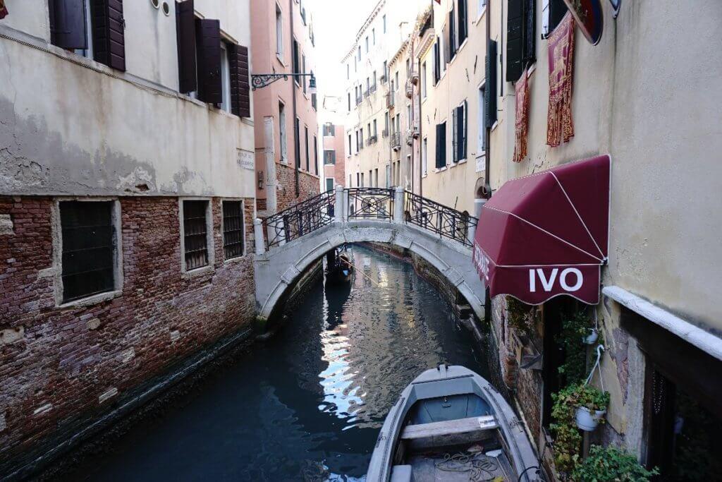 Venedig Kanal und Brücke