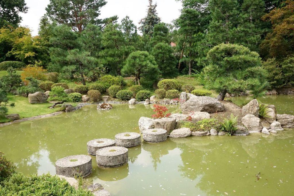 japanischer Bonsaigarten