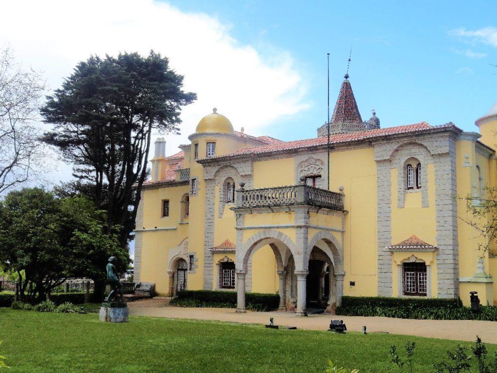 Palácio Condes de Castro Guimarães